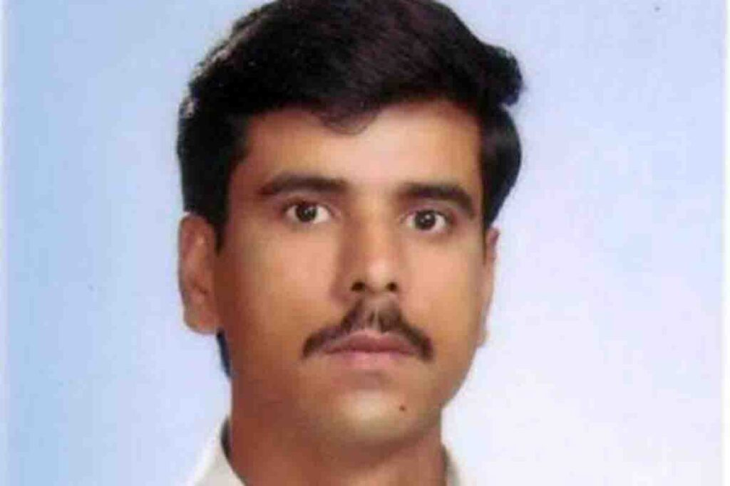 COMSATS Employee Javaid Killed during Maintenence Work on Main Line (1)